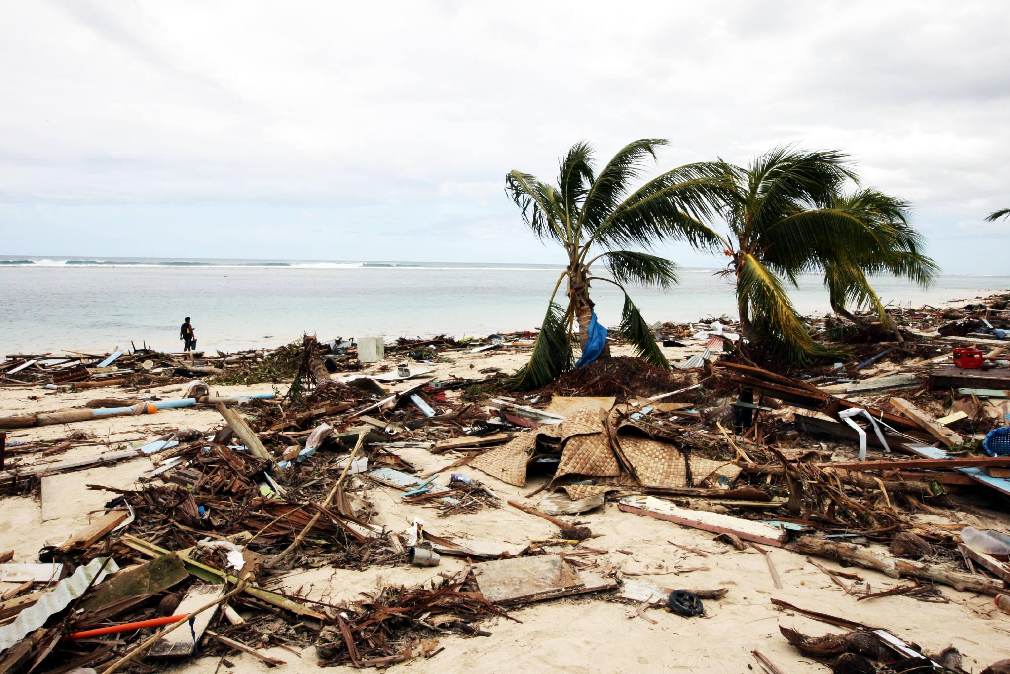 ##_tsunami_1_2004_002.JPG