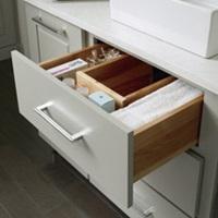 u_shaped_vanity_drawer.jpg