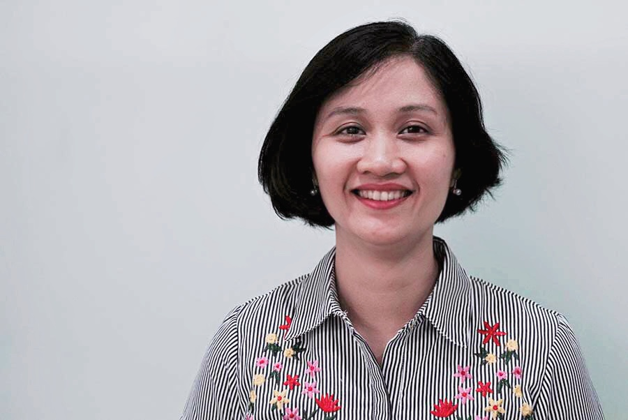 Tran Thi Ngoc Diep, General Manager - Mrs. Diep has been with Mekong Economics since its creation in 2001. She in charge of managing the day-to-day operations of the company. Her areas of expertise include macroeconomic policies, the impact of Globalizations, project management and ODA harmonization in the Greater Mekong sub-region countries.