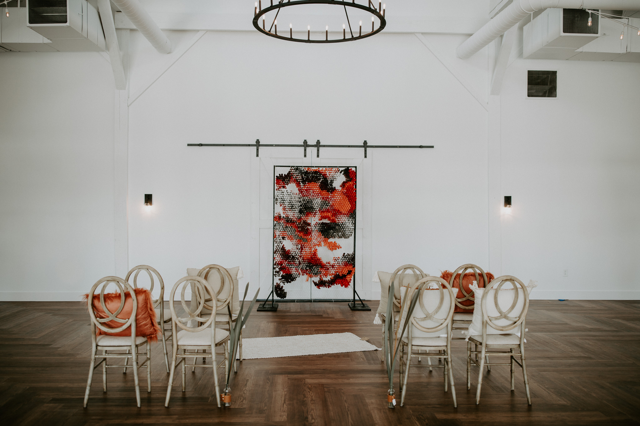 Creative and modern DIY wedding arbor
