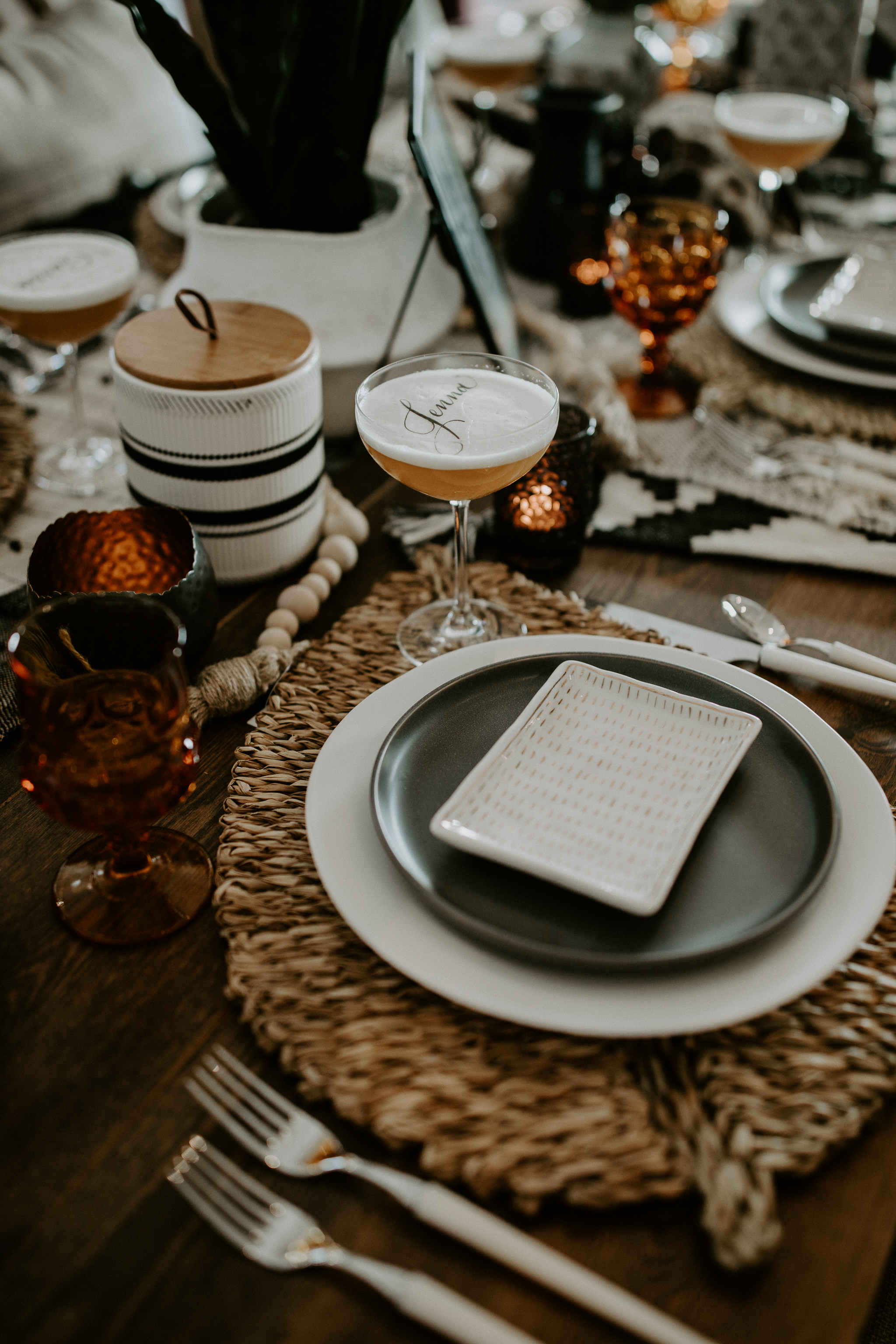 Casual and modern wedding tableware and wedding table setting