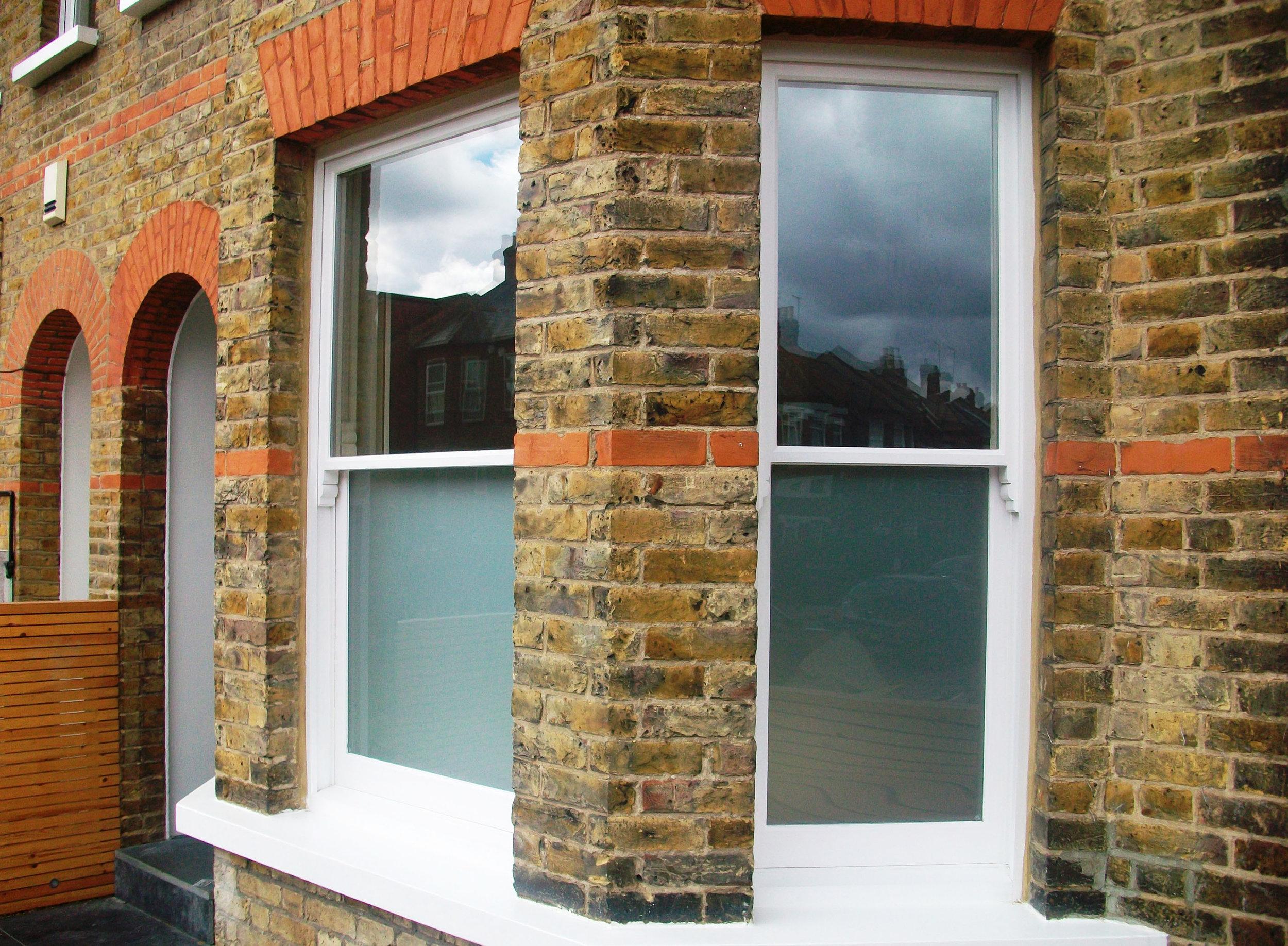 aeg-windows-01a.JPG