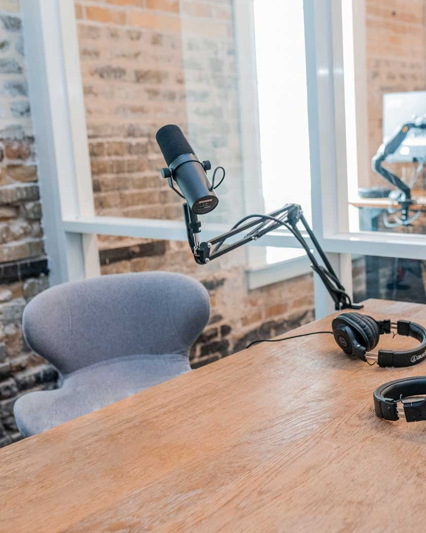 """Conversations on Leadership - Our goal is to publish podcasts that put a """"pow"""" into your day. Our content should energize, and give you a framework for thinking big, starting small and acting now. We want to help you positively change company culture and wow you with personal, actionable insight.We'll work extra hard to leave you with something to think about, share, and act on."""