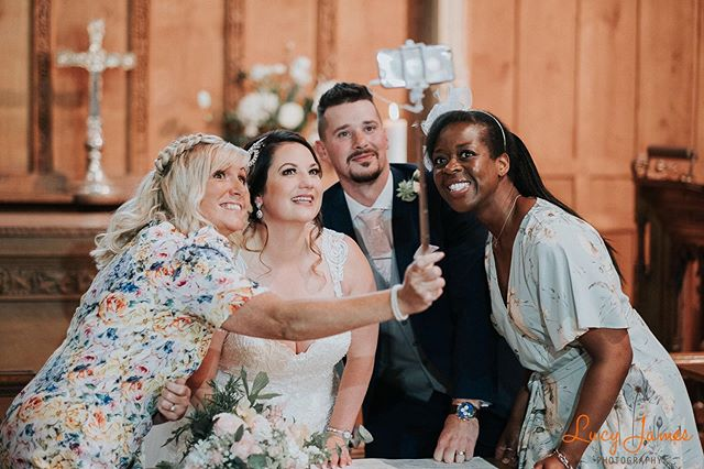 #selfie #weddingselfie #imgettingmarried2020 #bridetribe #bestfriendgoals #cute #churchwedding #selfiestick #fujifilm #candid #documentaryphotography #devonweddingphotographer #plymouthweddingphotography #weddingdetail #weddinglikes #weddinginspiration