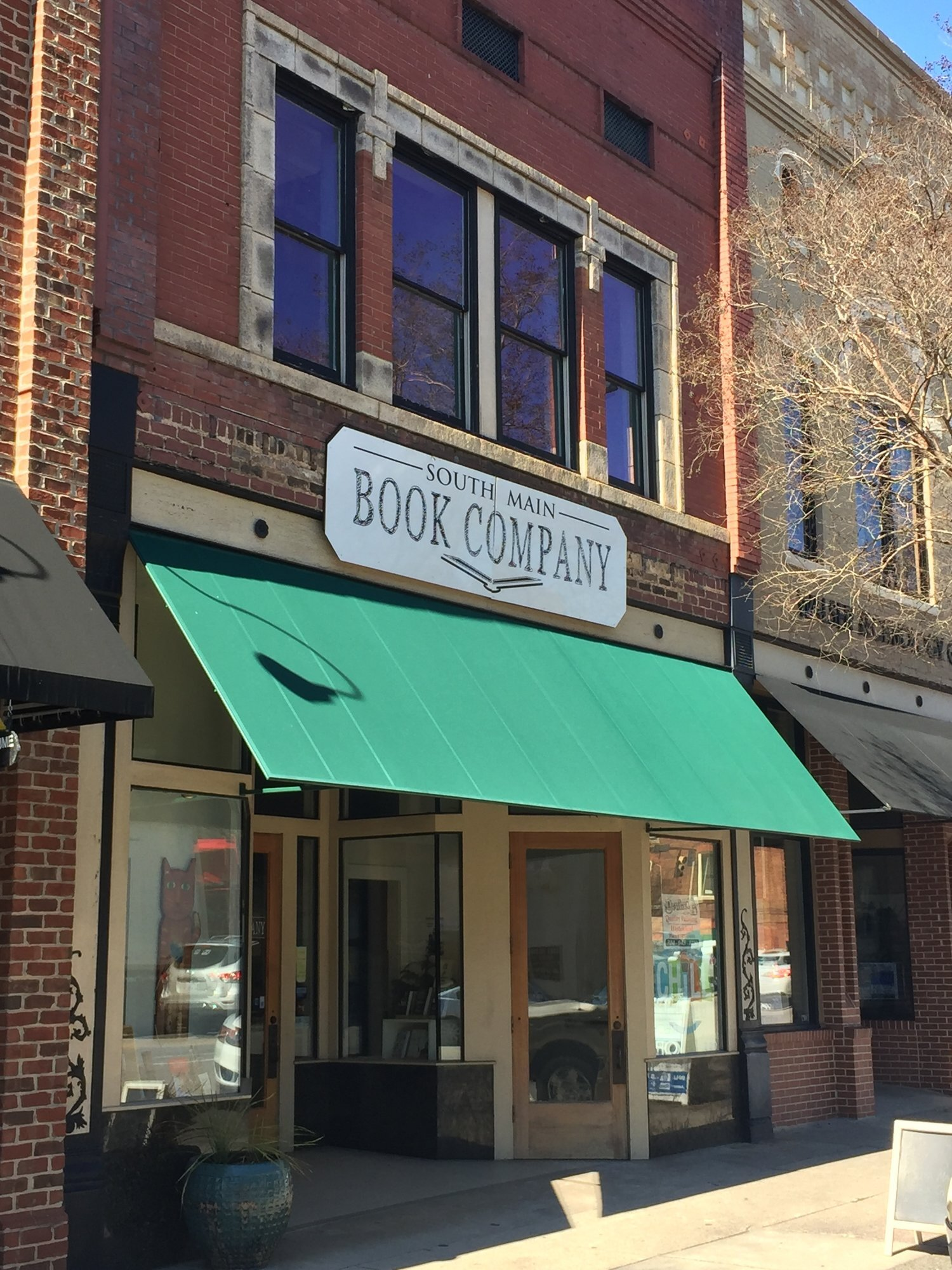 South Main Book Company - Salisbury, NC