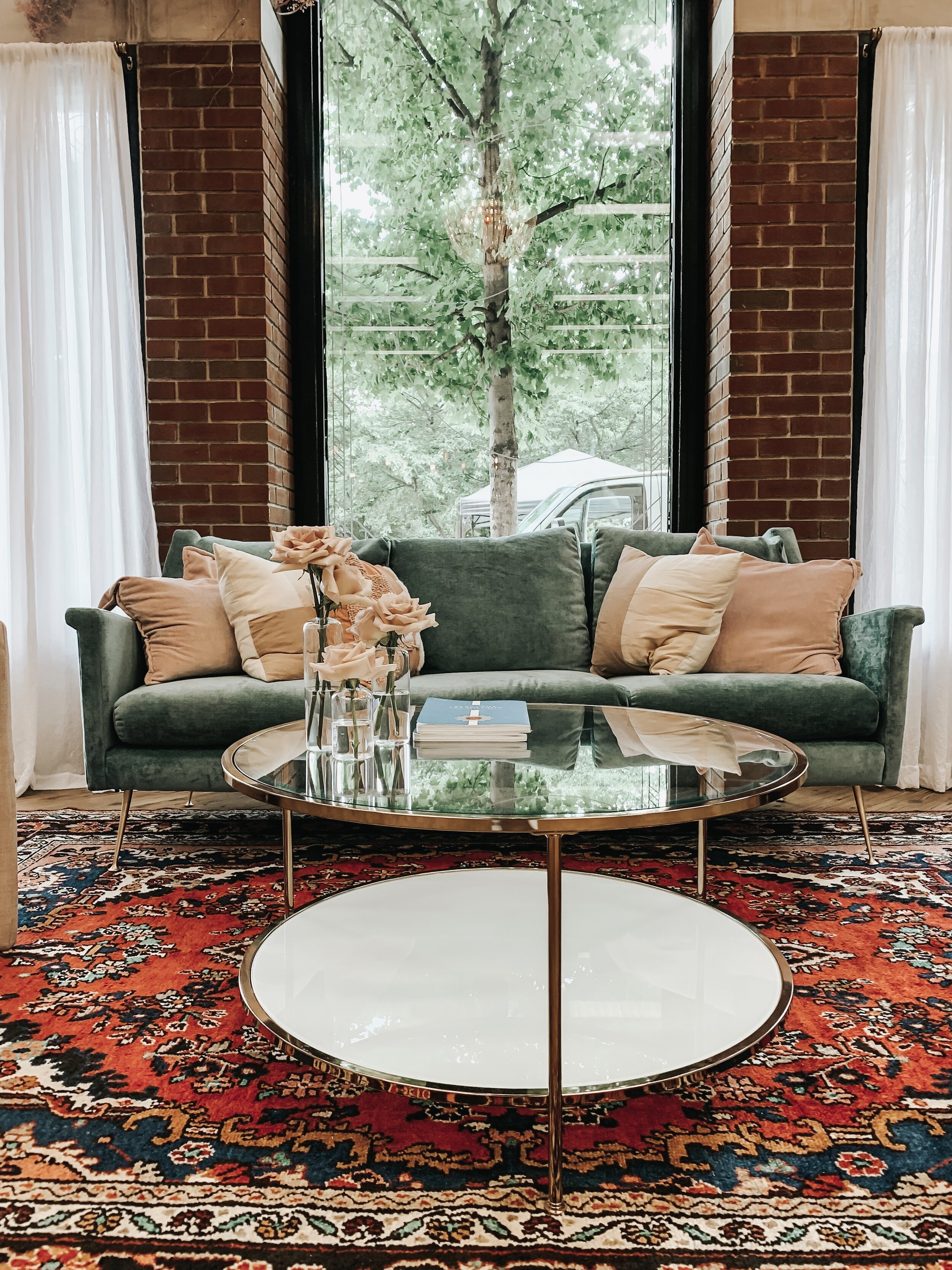 5 Things NOT to do When Staging| Lissette Ellerbe | LRB Design Studios |Virtual Home Staging