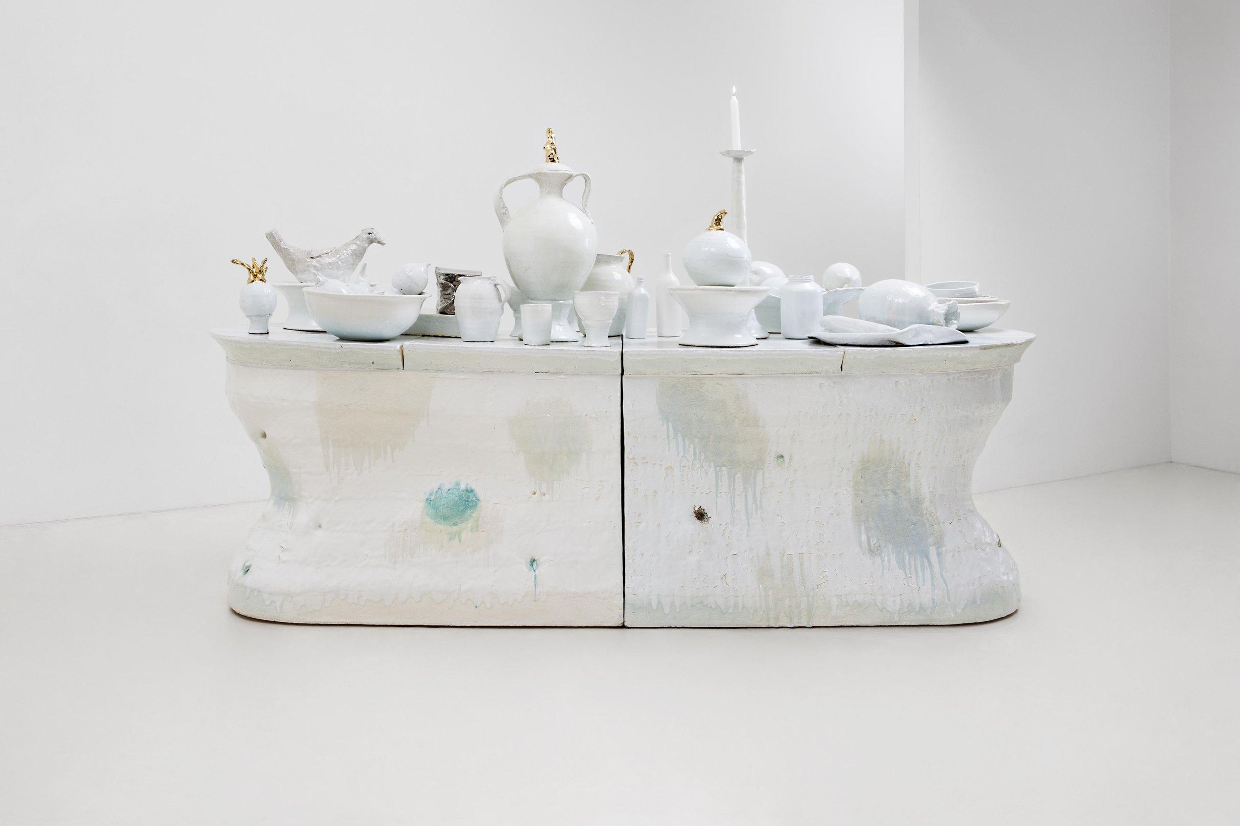 LEE Hun Chung,Bada160111-11,Glazed Ceramic ,276W x 100D x 92H cm,108.7W x 39.4D x 36.2H inch,(Object on the table 77~72H cm),2015 (2).jpg