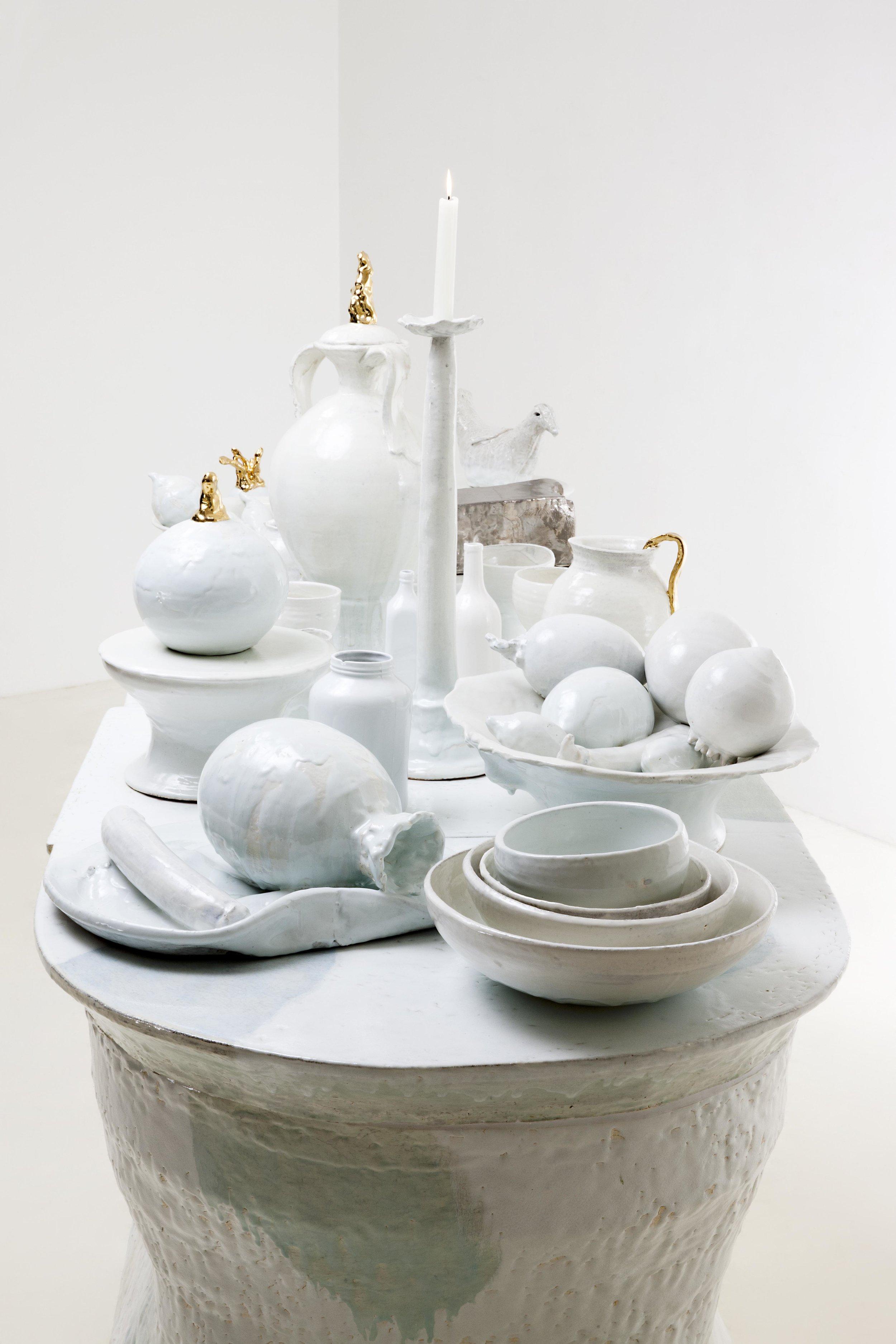 LEE Hun Chung,Bada160111-11,Glazed Ceramic ,276W x 100D x 92H cm,108.7W x 39.4D x 36.2H inch,(Object on the table 77~72H cm),2015 (5).jpg