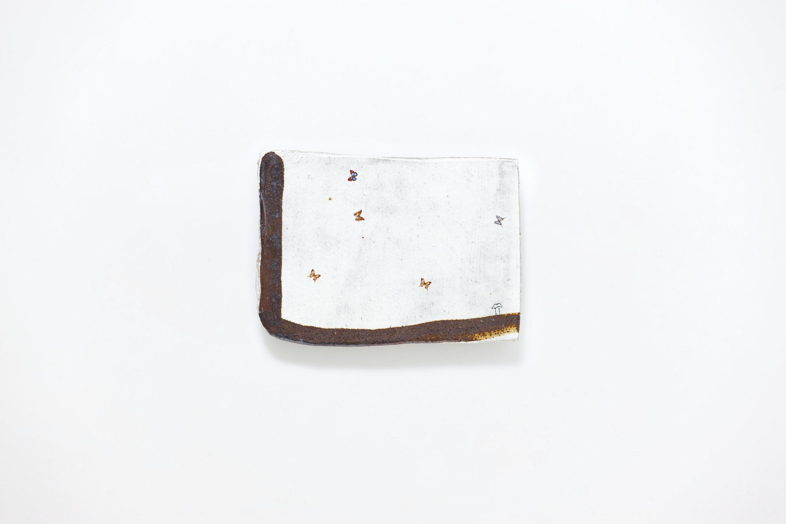 LEE Hun Chung,Bada 151110-31,Glazed Ceramic,30W x 1D x 22H cm,11.81W x 0.39D x 8.66H inch ,2015.jpg