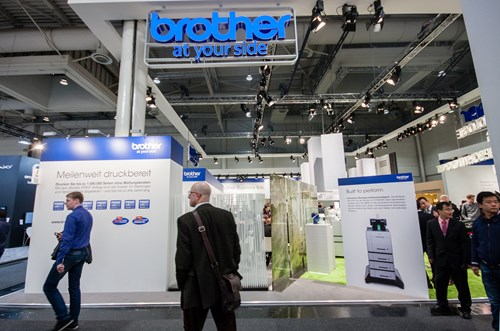 'brother' successfully use the zen approach on their stand… notice the pale colours, use of lighting, open plan effect and artificial turf