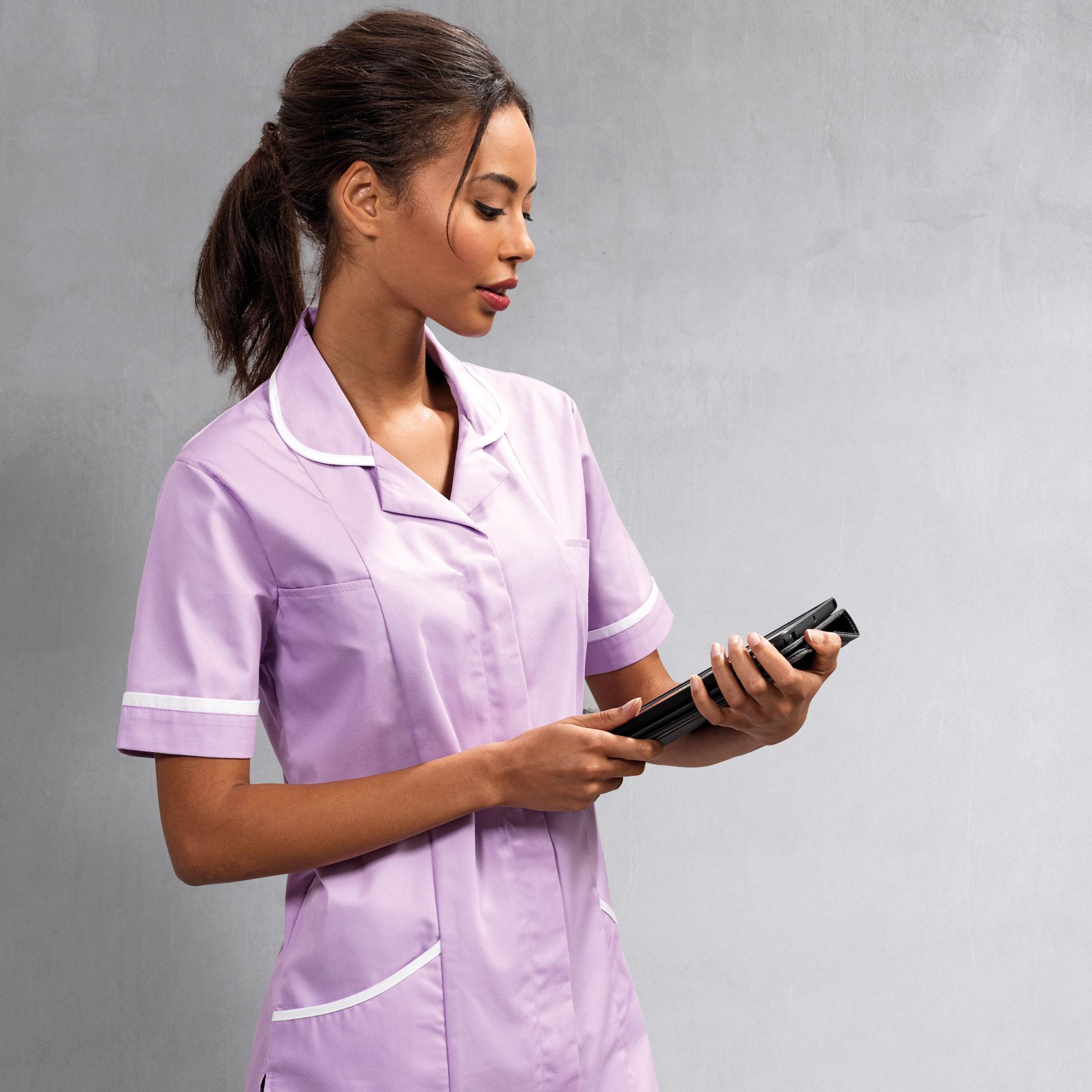 Nursing Workwear - Lady wearing A Nurse Scrubs Uniform