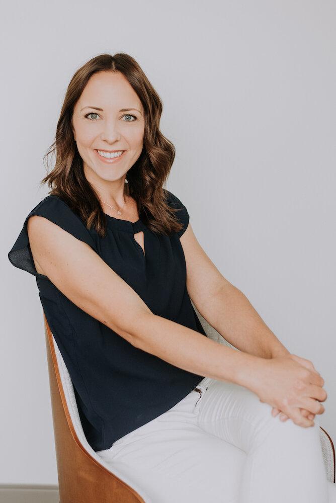 Danielle Bararuk - PhysiotherapistPelvic Health TherapistPaediatric Physiotherapist