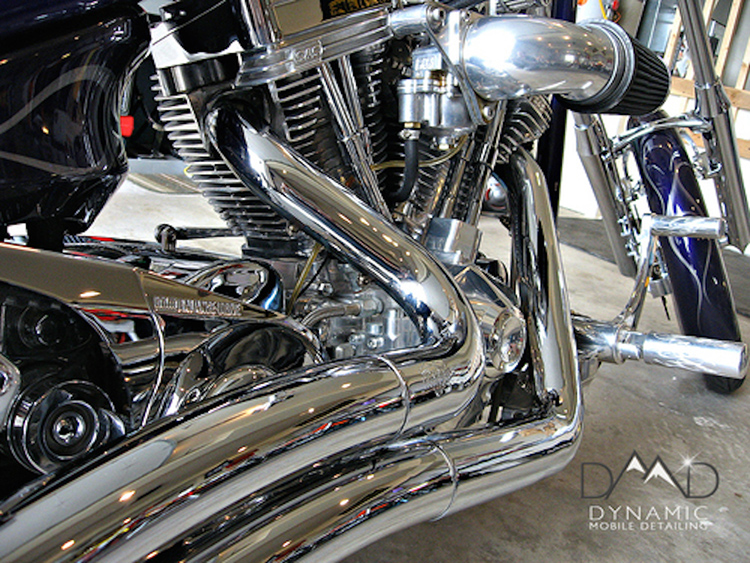 Motorcycle detailing; Basic bike detailing to paint correction and ceramic coatings; from street bikes, road bikes, Harley's or cruisers.