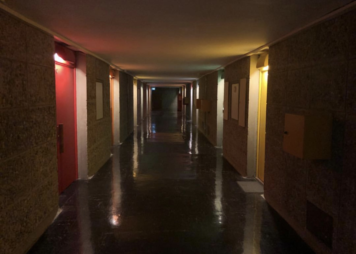unite d'habitation review colourful corridor thigns to do in marseille in 3 days
