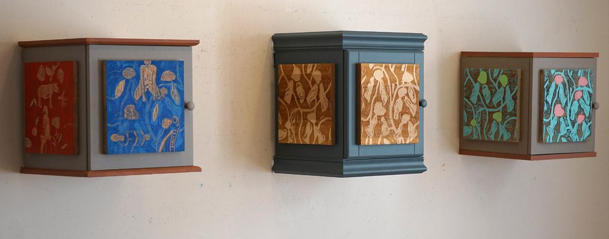 3 Cabinets