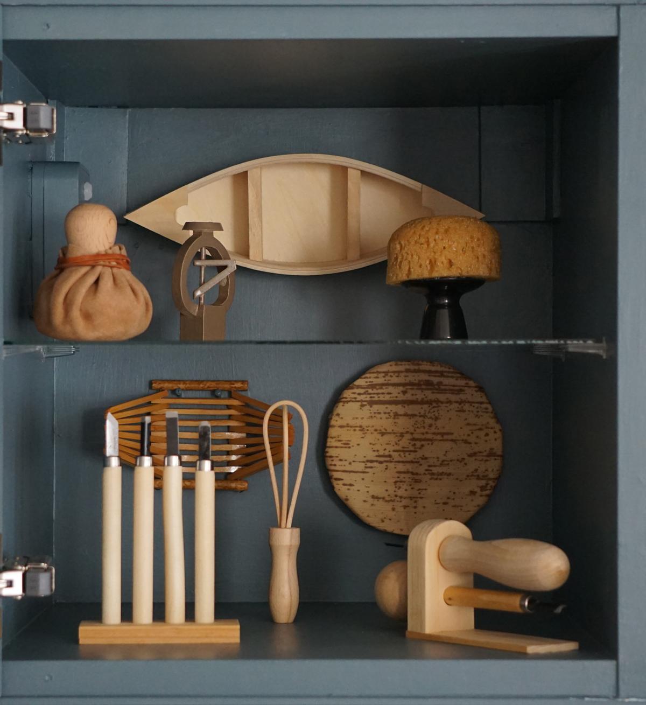 Interior blue/green cabinet