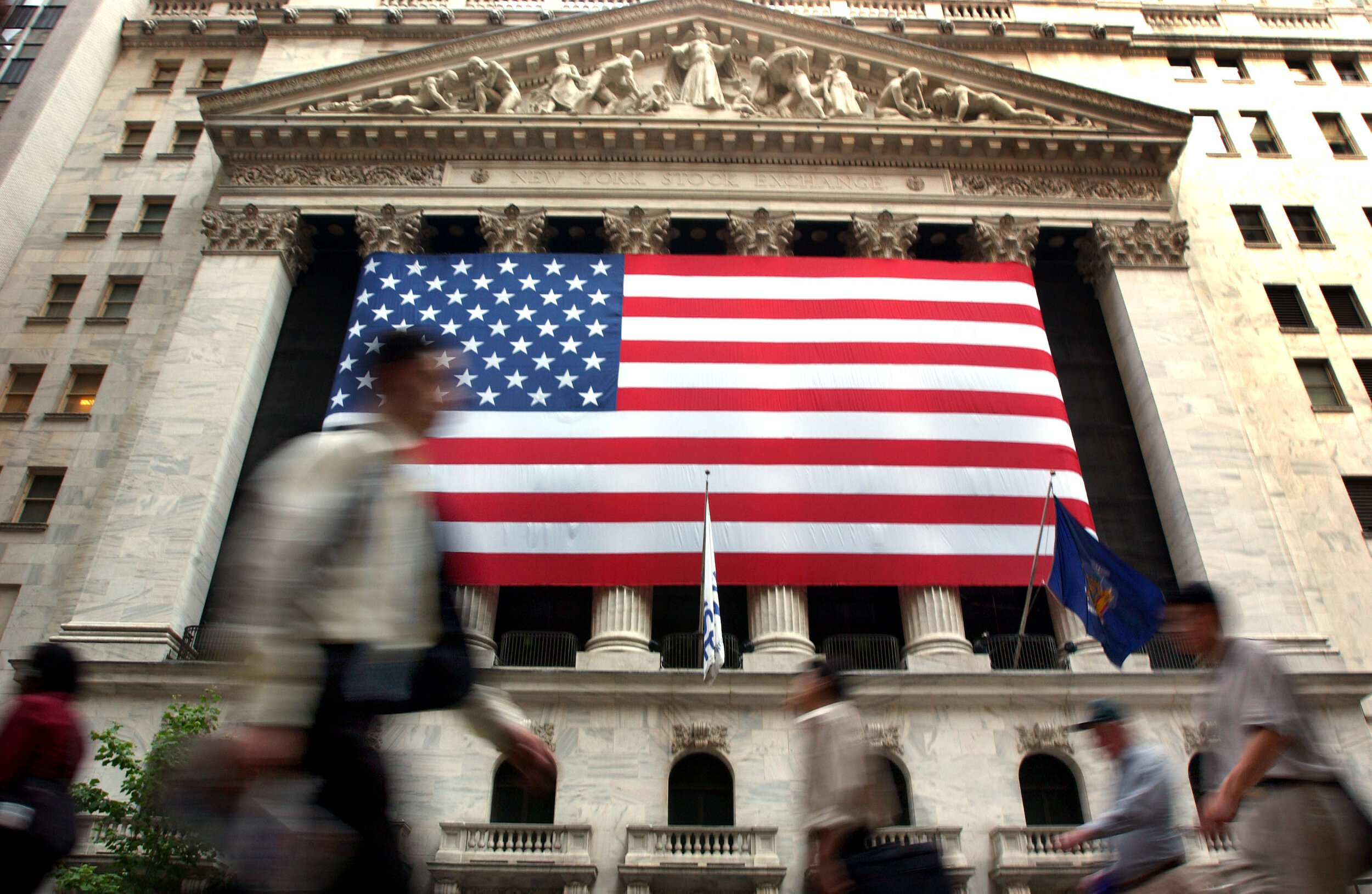 Building public pressure against asset managers on climate votes -