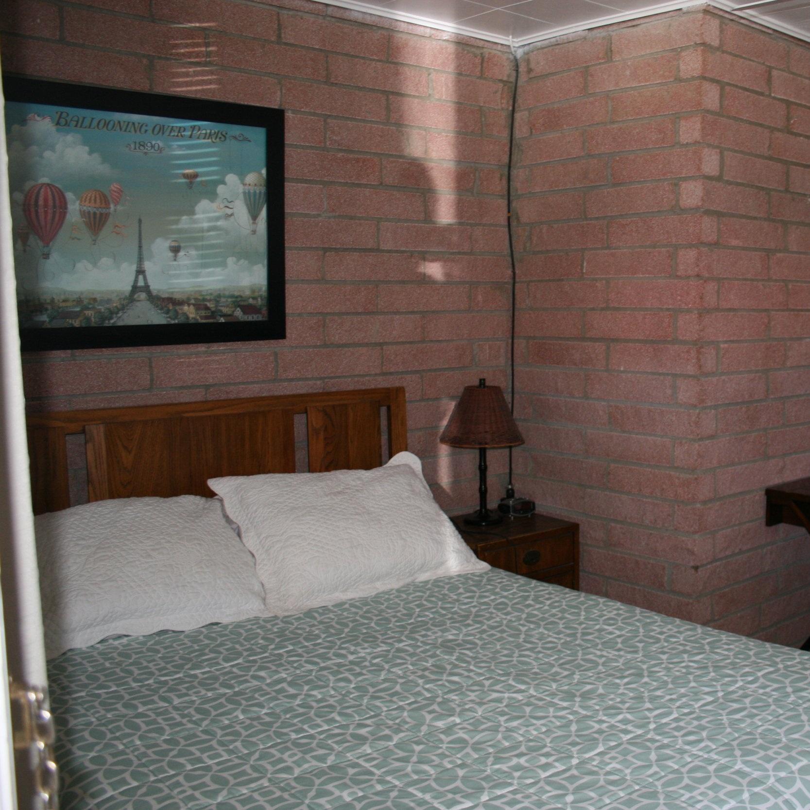 IMG_4343 Room 1.JPG