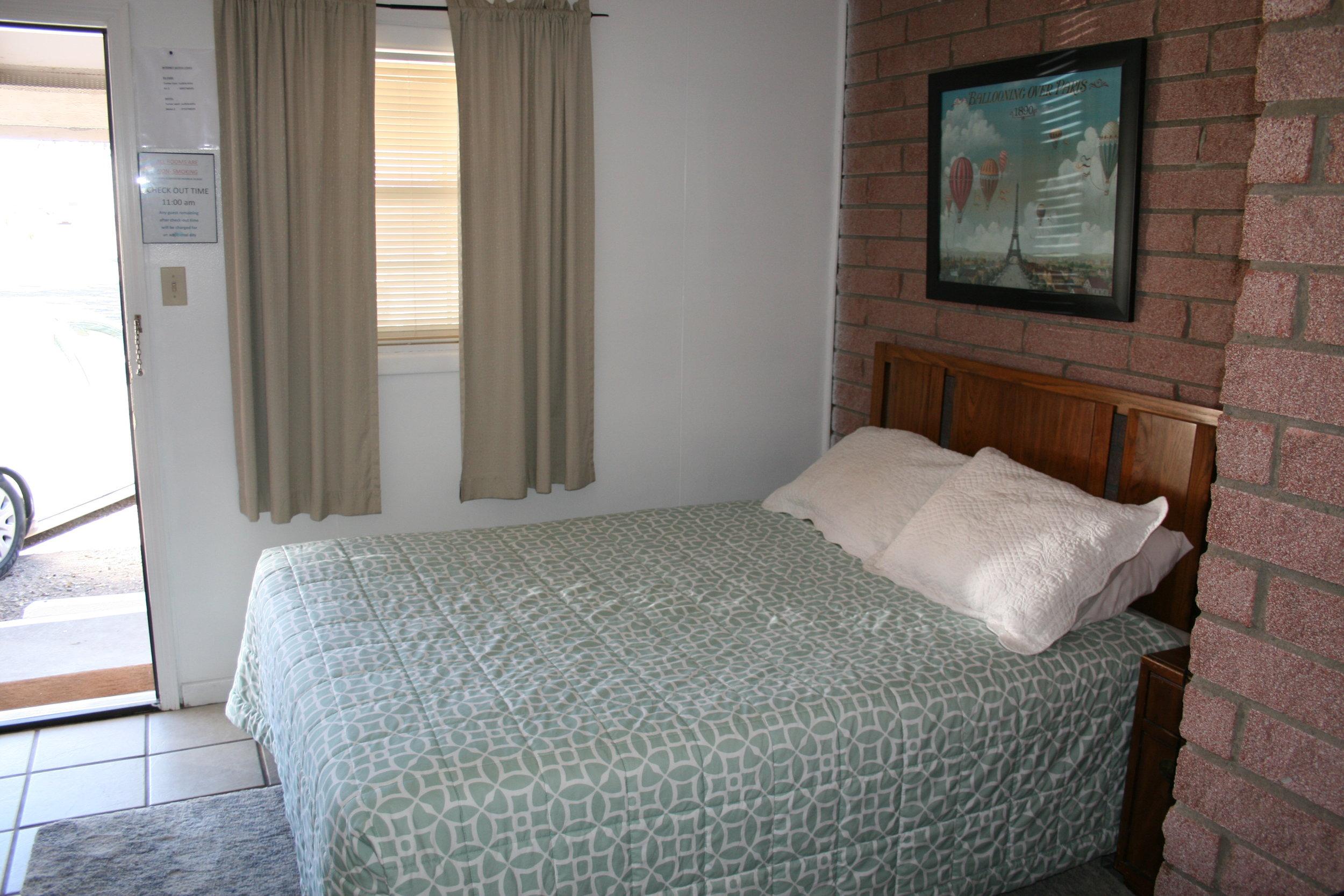 IMG_4342 Room 1.JPG