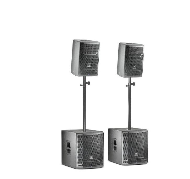 """Hochwertige Tontechnik aus dem Hause JBL - 2x 10"""" Topteil2x 15"""" SubwooferVom gemütlichen Tanzabend bis hin zu Discofeeling ist alles möglich.Die Tontechnik ist in den Pauschalpaketen bereits inklusive !"""