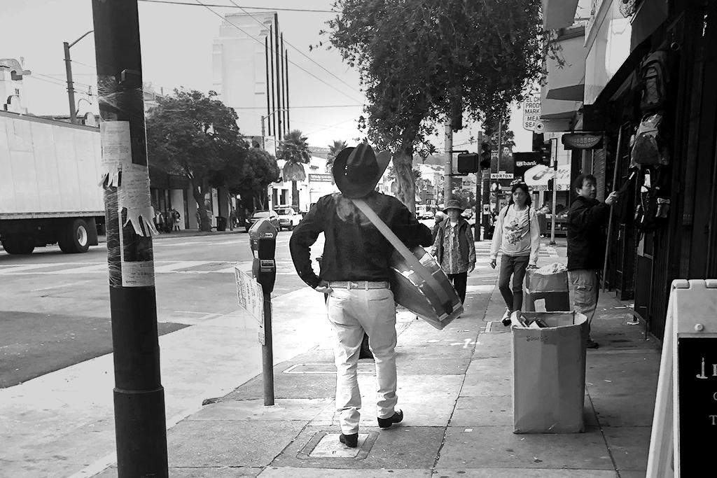 mariachi-mission-sm.jpg