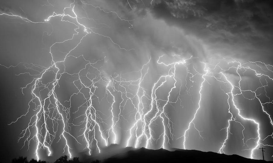 5abb3d60d0ec26d9-lightning.jpg