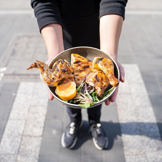 Studying at the state library? Our chicken at Capricho Swanston St is worth crossing over for as were now free range! #freerange #caprichogrill . #melbourne #melbournefoodie #melbourneeats #foodie #foodporn #melbournelife #food #instafood #melbournecafe #melbournerestaurant #zomatoaus #zomatomelb #melbournecity #melbournefoodblogger #melbournefoodies #foodblogger #foodstagram #melbourneiloveyou #delicious #ubereats #melbournefoodscene #lunch #australia #melbournetodo #foodgasm #eatmelbourne  #melbmoment #whatsonmelb
