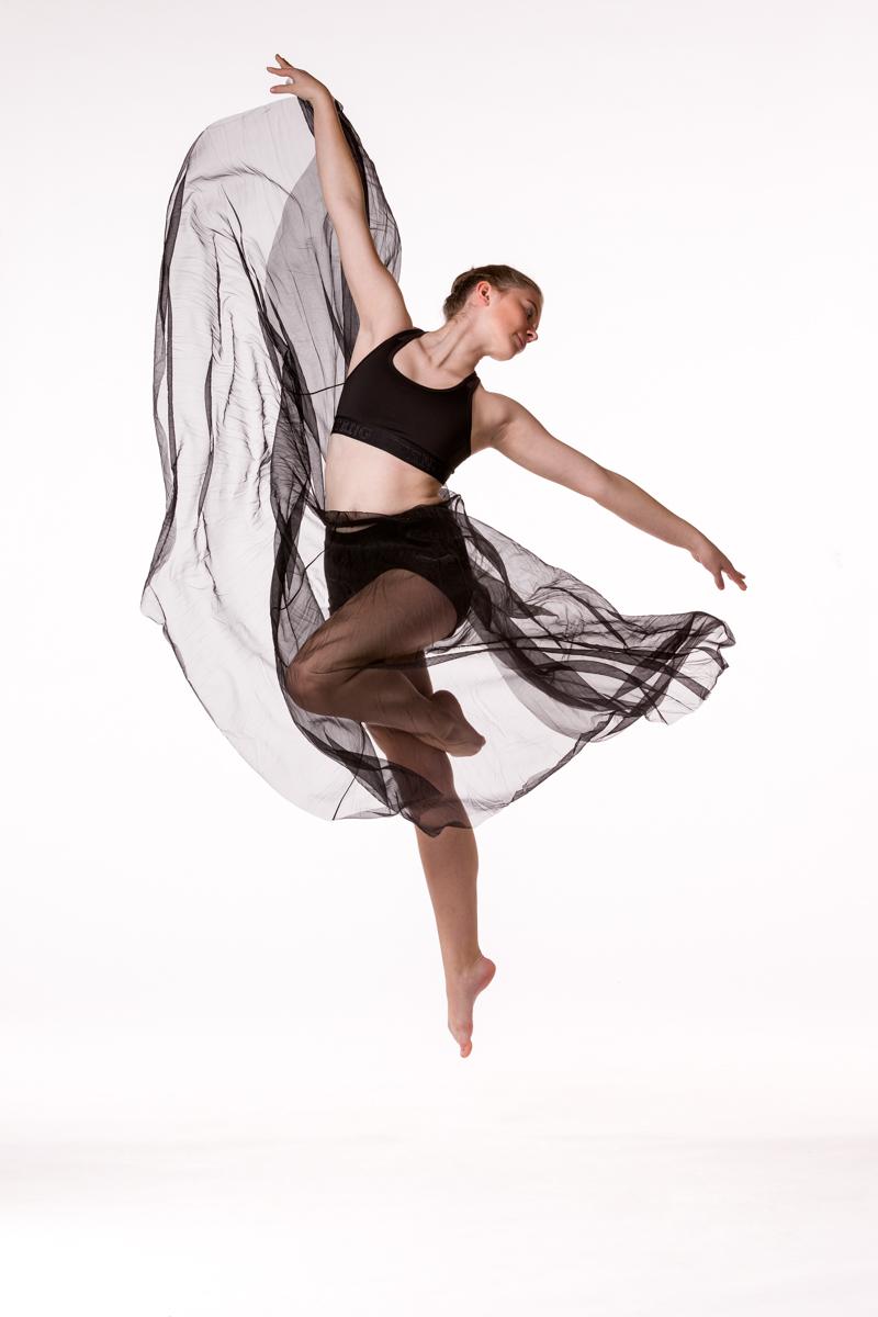 0740 Dance Shoot Deborah Verhasselt School.jpg