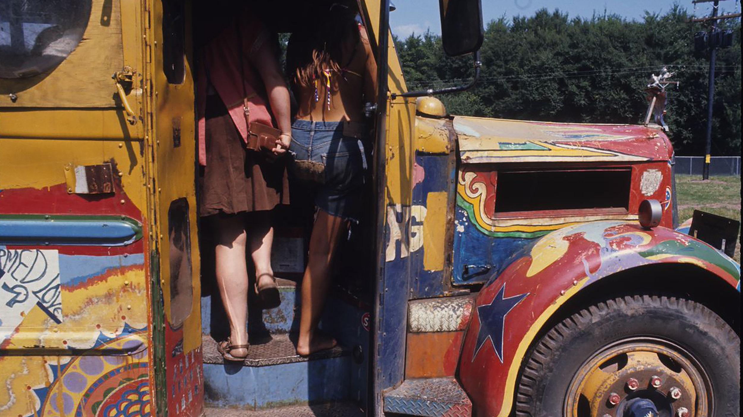 Woodstock_Bus.jpg