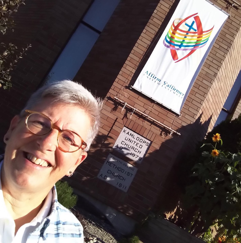 LeaderShift director, Allison Rennie, loving up the Tk'emlúps sunshine. Allison was just in Kamloops, meeting with the #holyshift planning team, getting all the things ready for Holy Shift! Size-mic Upgrade Conference.