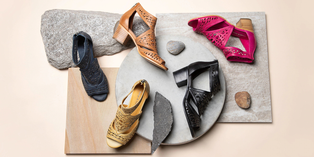 Women's footwear - Whatever your style Wallaces has a women's shoe to suit your style. From rugged Dr Marten's shoes to stylish ladies' sandals and smart ladies' shoes from brands like Django & Juliette and Revere.