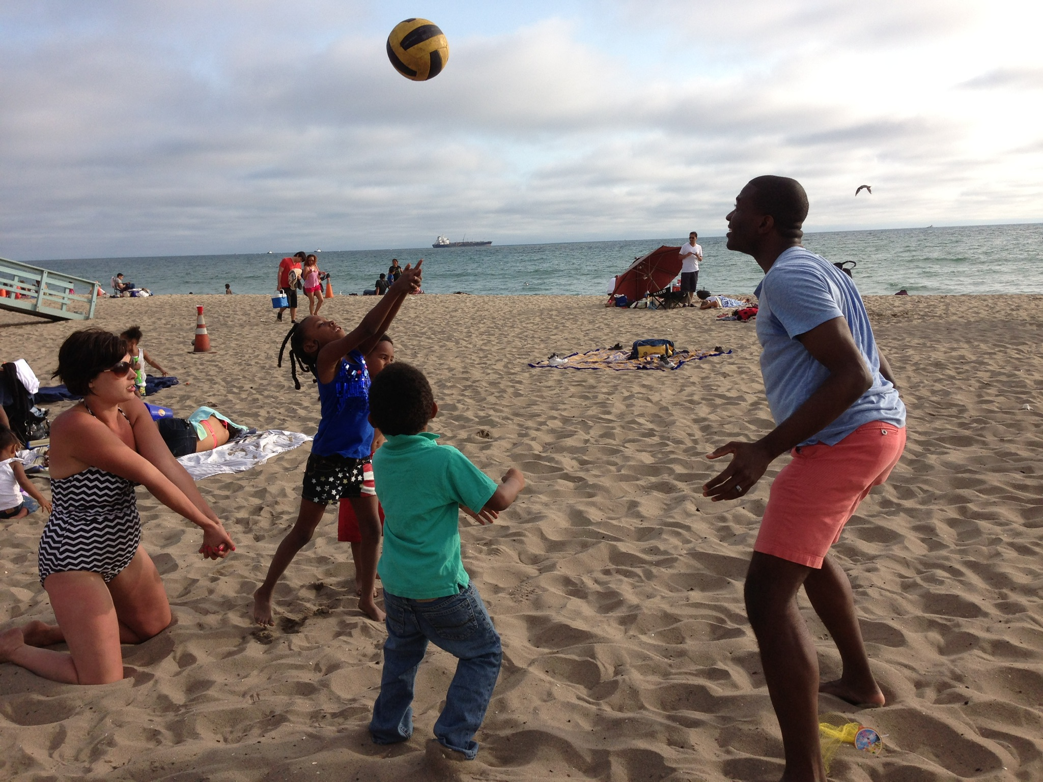 Pickup volleyball in LA