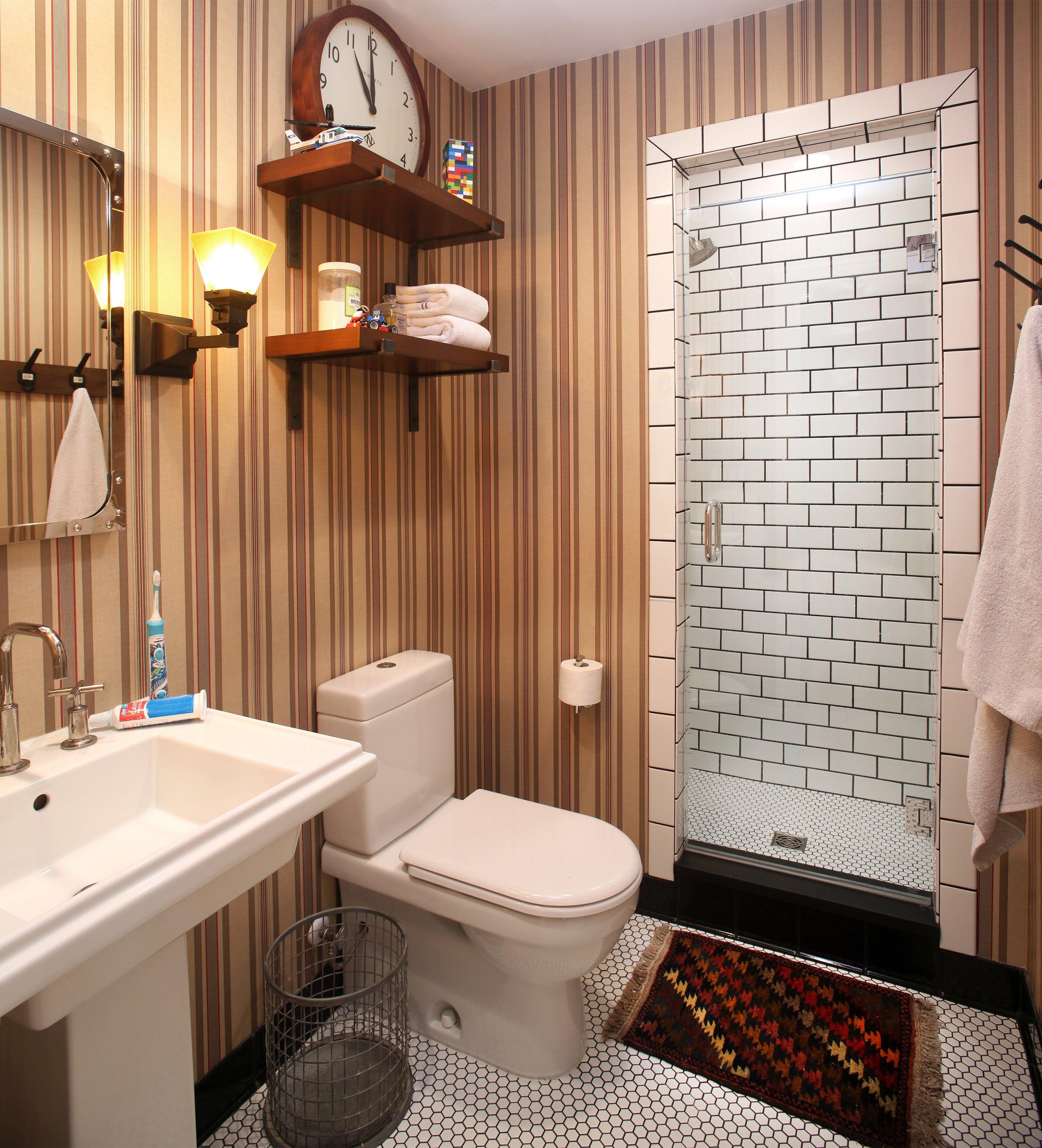 8.Hall Bath After.jpeg