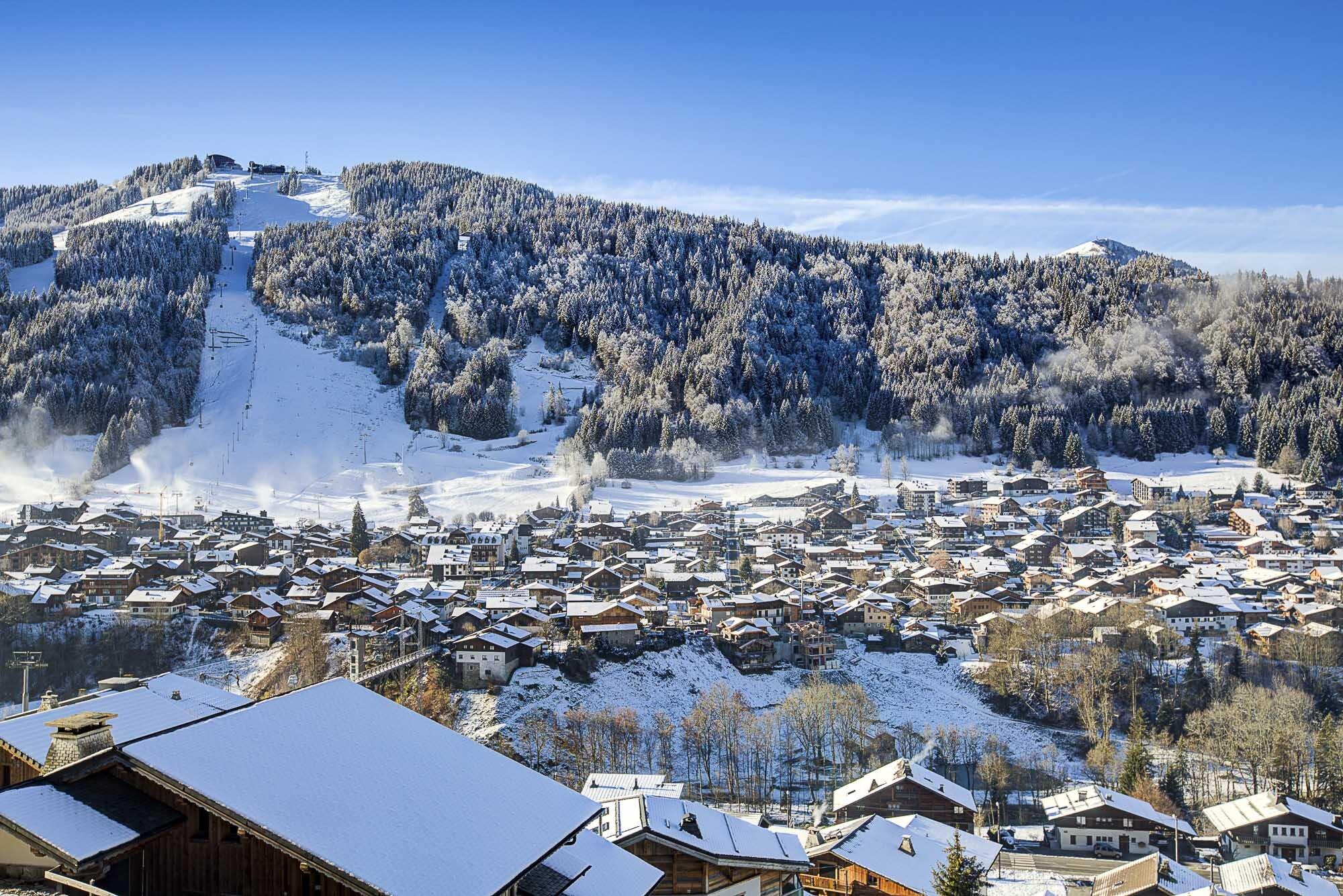 tg-ski-luxury-chalet-bouquetin-morzine-the view-002.jpg