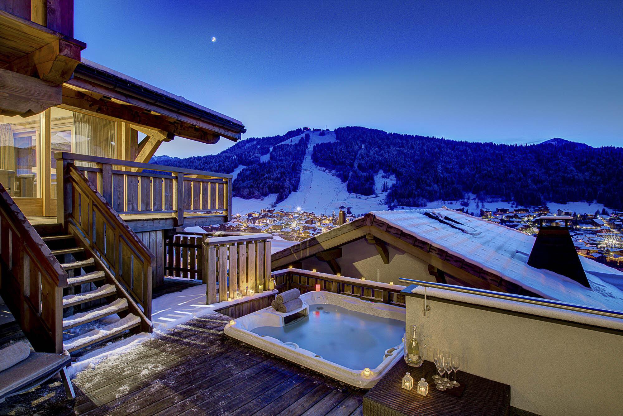 tg-ski-luxury-chalet-bouquetin-morzine-hot-tub-020.jpg