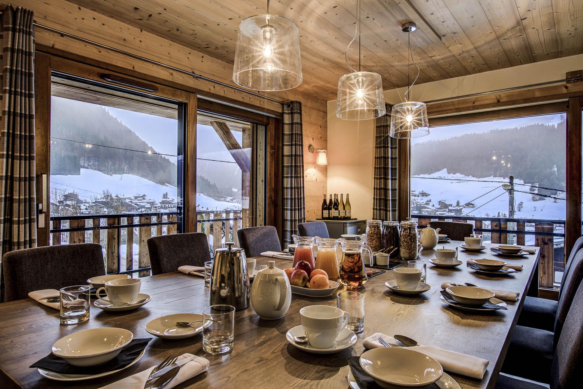 tg-ski-luxury-chalet-les-pierrys-morzine-005.jpg