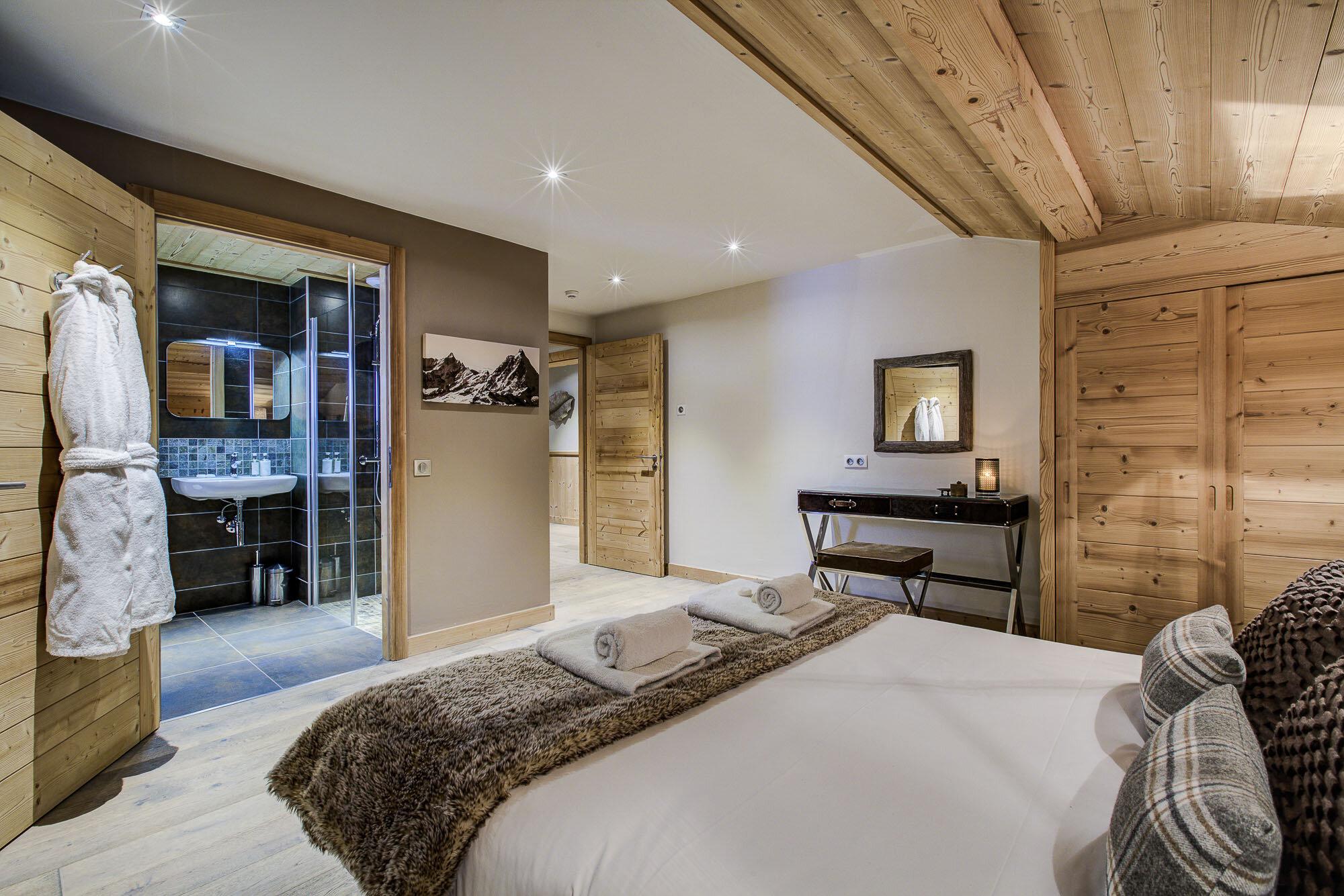 tg-ski-luxury-chalet-les-pierrys-morzine-009.jpg