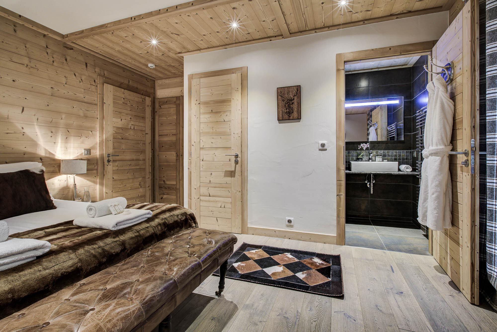 tg-ski-luxury-chalet-les-pierrys-morzine-013.jpg