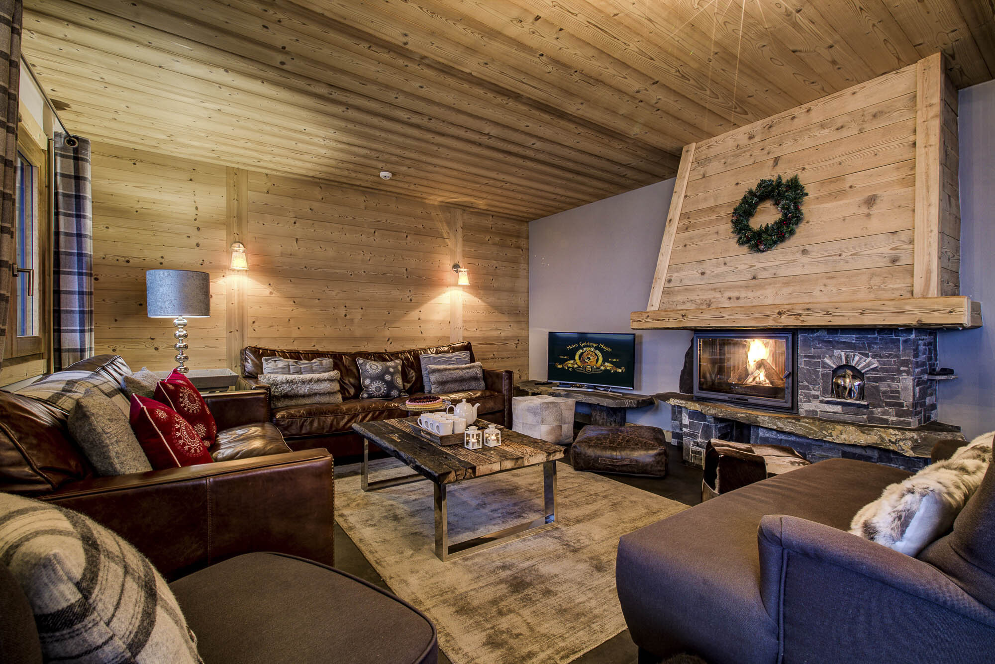 tg-ski-luxury-chalet-les-pierrys-morzine-016.jpg