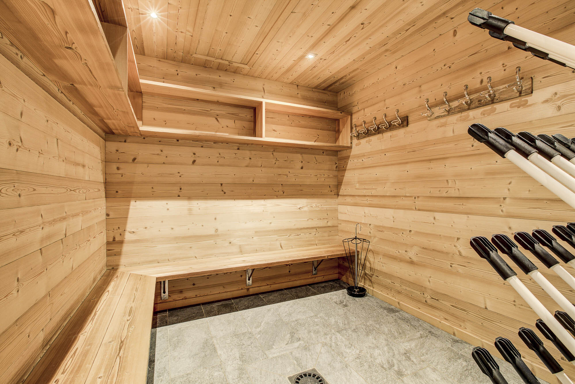 tg-ski-luxury-chalet-les-pierrys-morzine-018.jpg