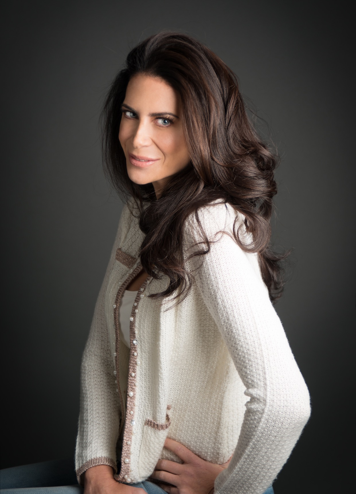 Testimonial and Headshot of Lyss Stern , Creator of Divalysscious Moms and Author of If You Give a Mom a Martiniand Motherhood is a B#tch! 10 Steps to Regaining Your Sanity, Sexiness and Inner Diva