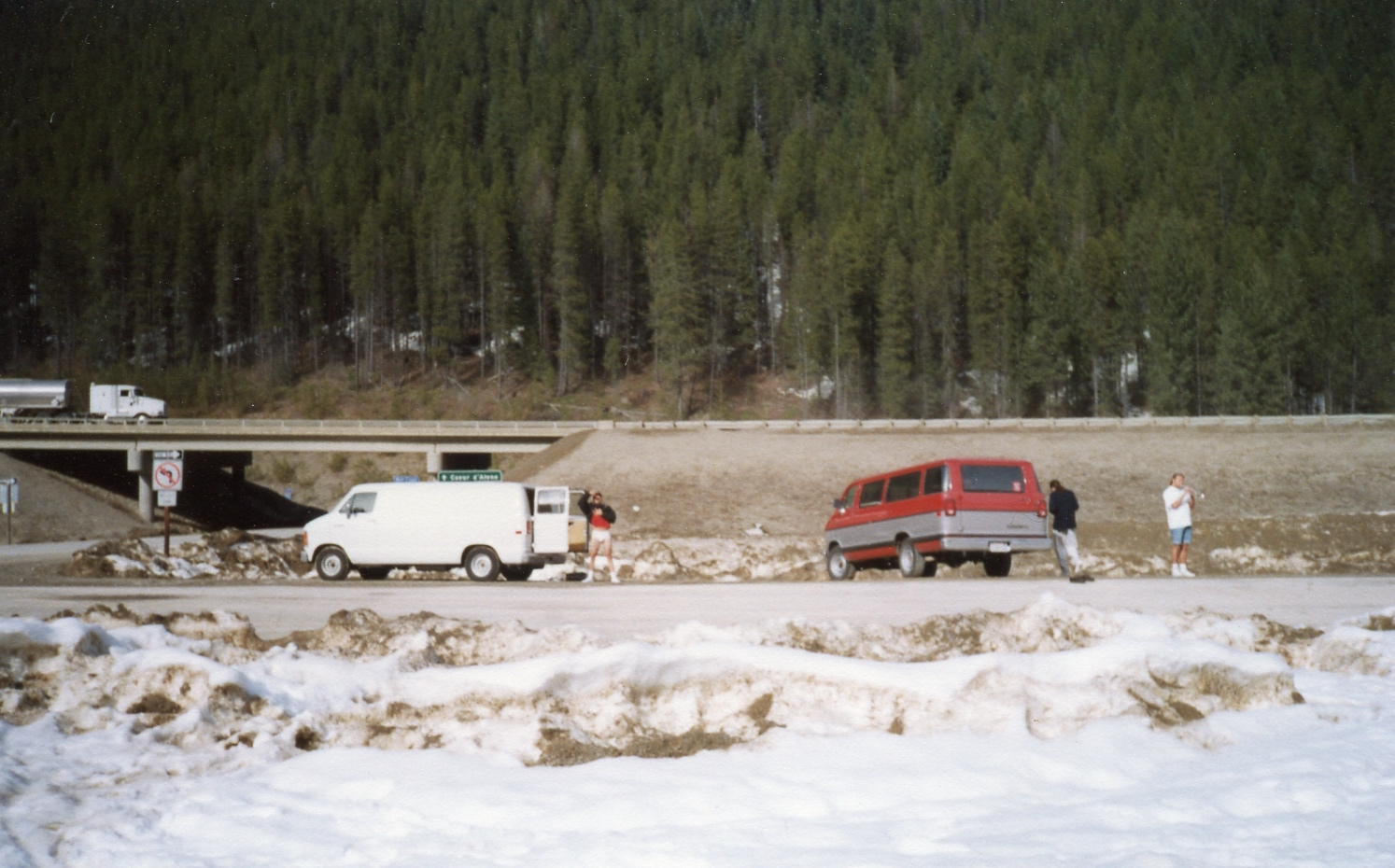 No Doubt tour in vans - 1992