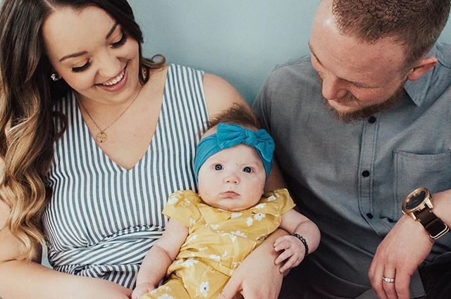 The new shade of blue on our moveable wall is so dreamy!  #Repost @lindzeemerrill.photography ・・・ They are the cutest little family of 3! 💕