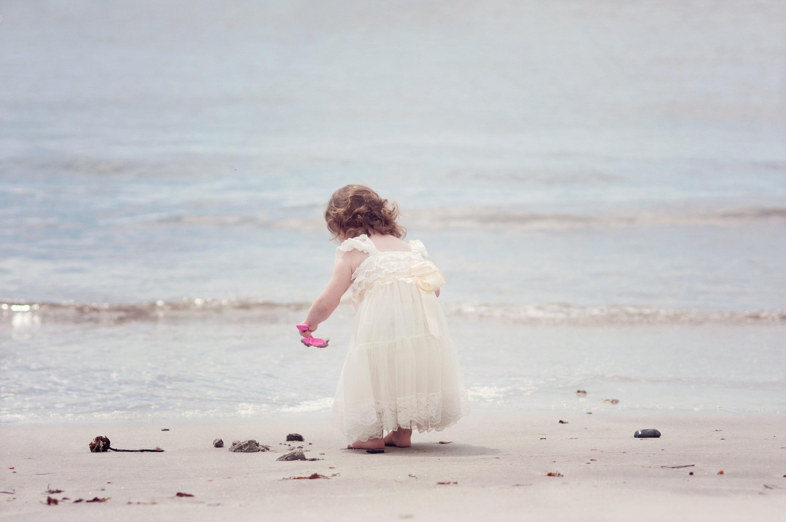 Pemaquid Beach Princess playing in the sand