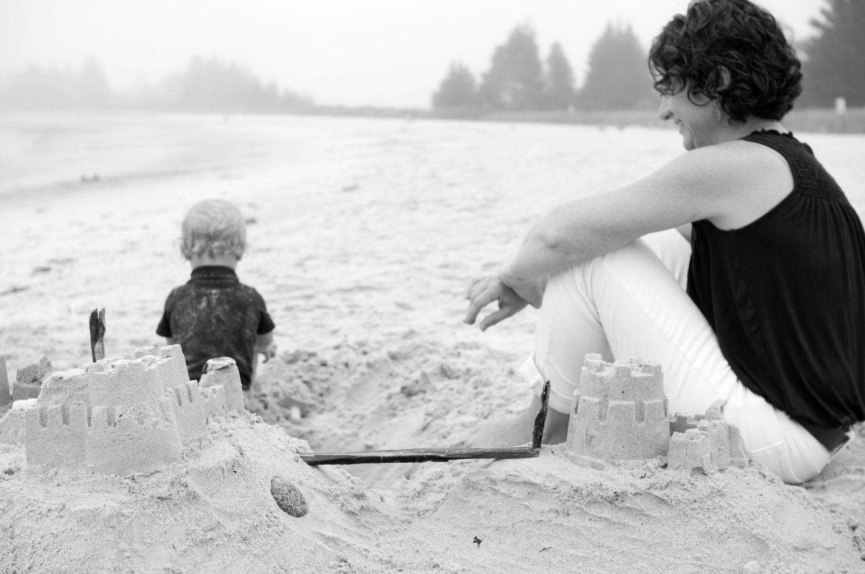 A_happy_moment_at_Pemaquid_Beach
