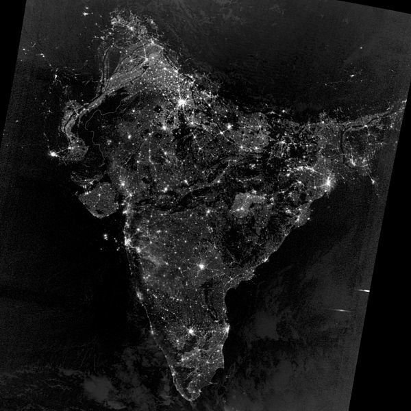 india_at_night_from_space_during_diwali_2012_sq-0e519c41f5cb4a5c05b4f1f4cbafbaa25b9f957a-s1400-c85[1].jpg