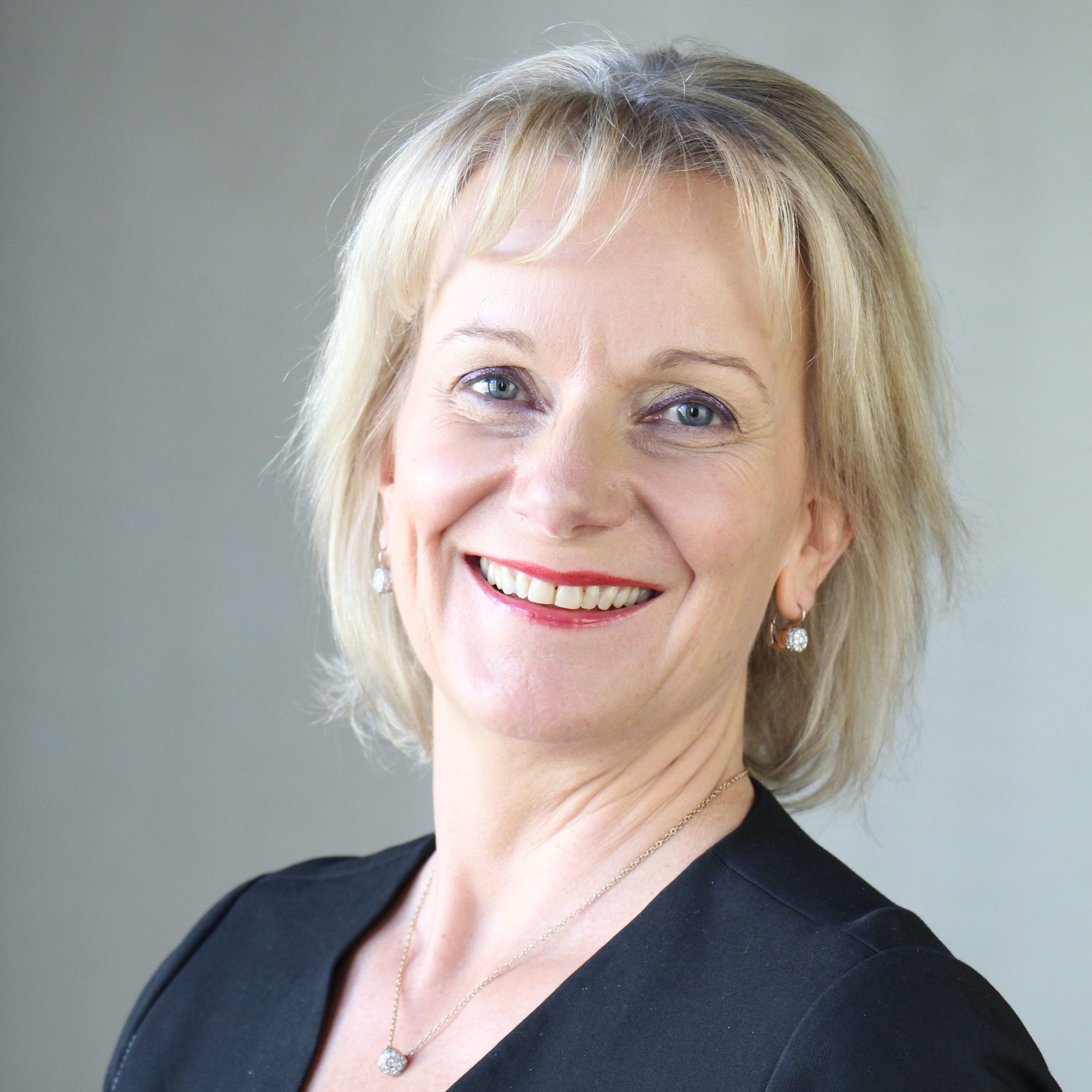 """Be social on social"" - Bettina Geysen - Co Founder"