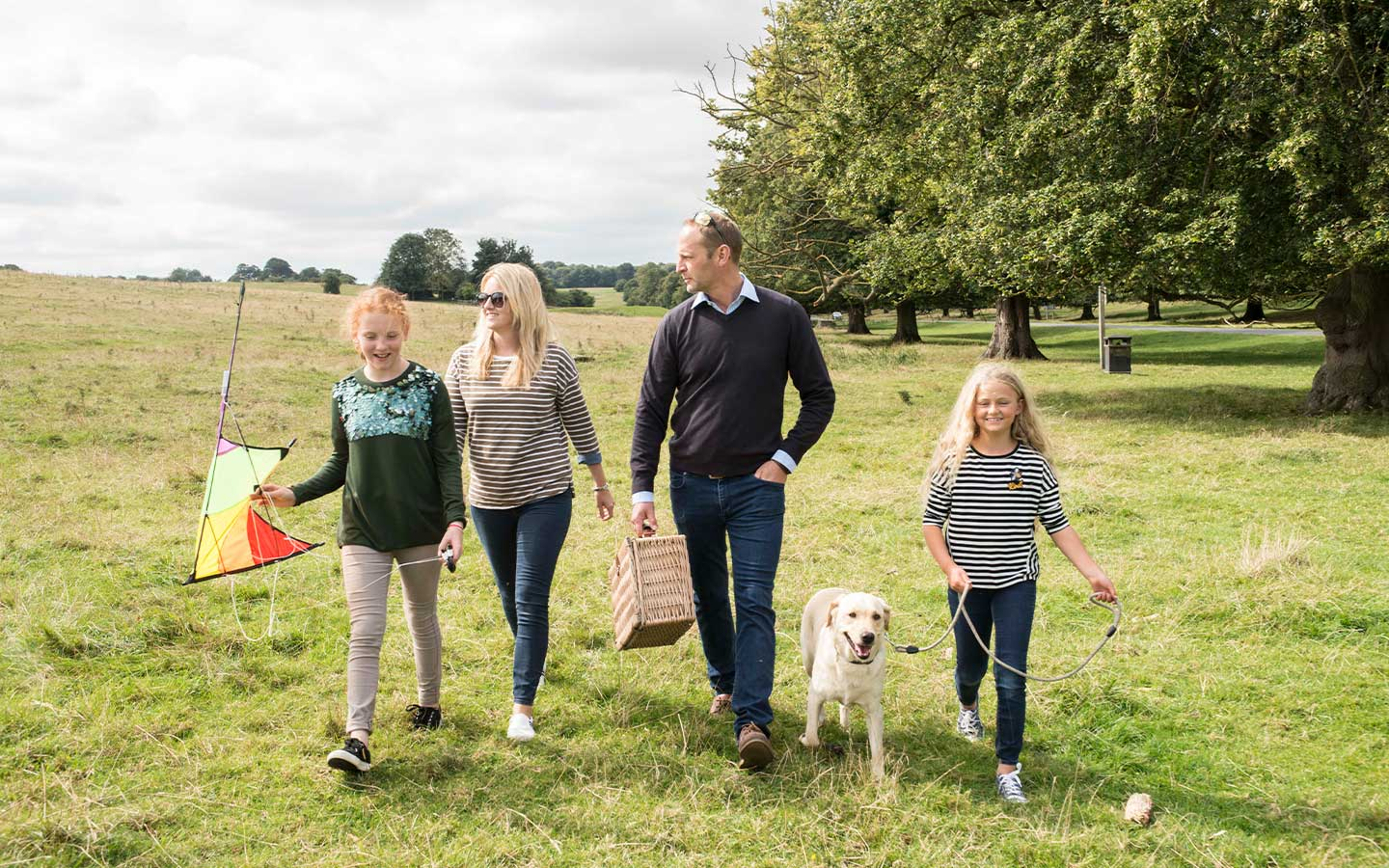 6-Things-to-do-with-the-kids-on-the-Wolds.jpg