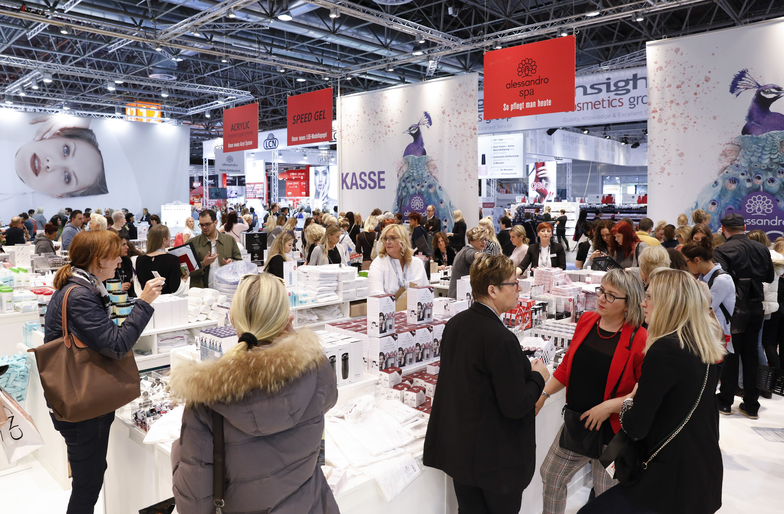 Beauty Düsseldorf | 6 - 8 March 2020 - The latest beauty products, current trends and hip treatments – at the leading international trade fair for cosmetics, nail, foot, wellness and spa, professionals from all over the world get an optimum overview of service cosmetics. Experience tomorrow's trends up close and let yourself be inspired by new business ideas for your business success. With around 1,500 exhibitors and brands from 32 countries – Beauty Düsseldorf is the leading trade fair for the sector and not for nothing.