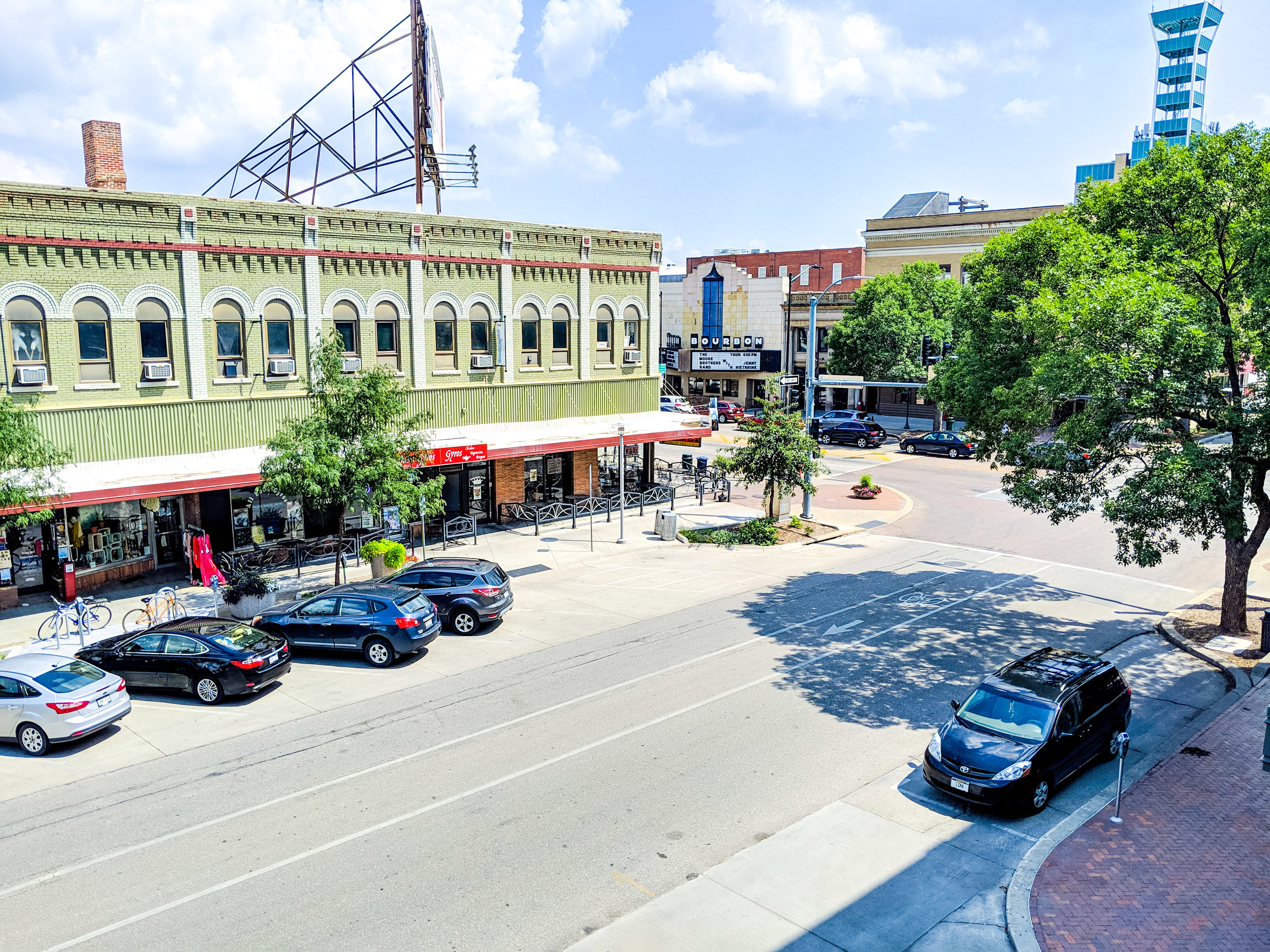 AmandaLK_2019_DowntownLincolnCityscape_3.jpg